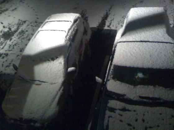 Wasilla, Alaska snow fall, October, 29, 2010 (car)