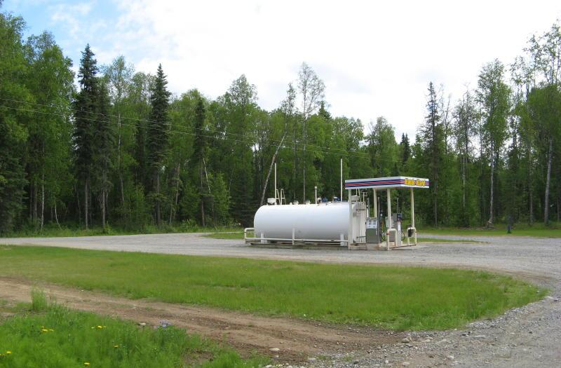 The gas station in Talkeetna
