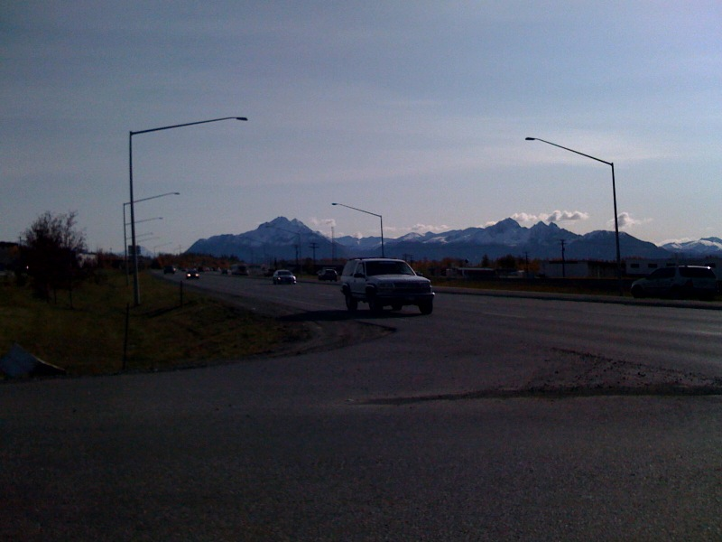 Snow capped mountains around Wasilla